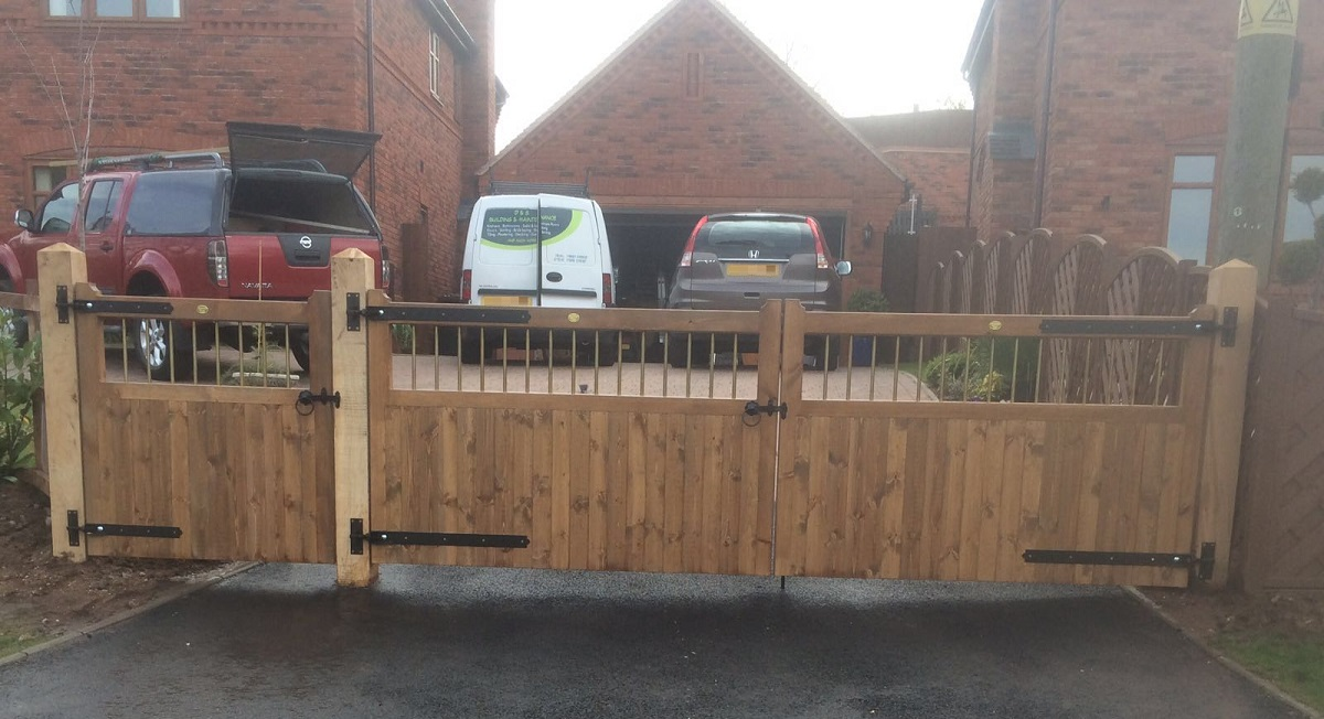 Bordeaux double wooden gates fitted to driveway entrance