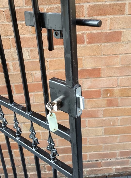 Corfe  security side gate fitted with a weld in lock