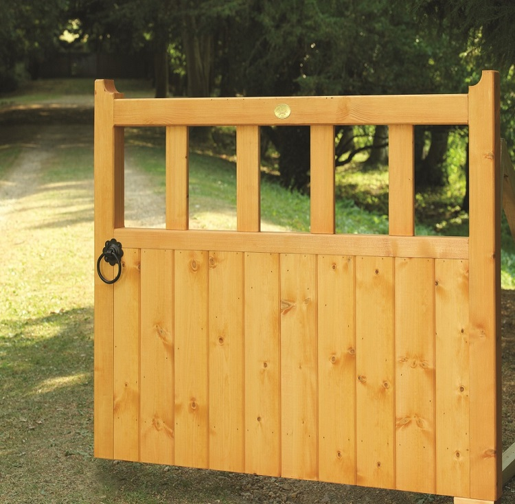 Gloucester wooden garden gate design