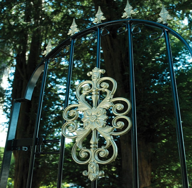 Royal premier iron gate with gold painted decorative elements