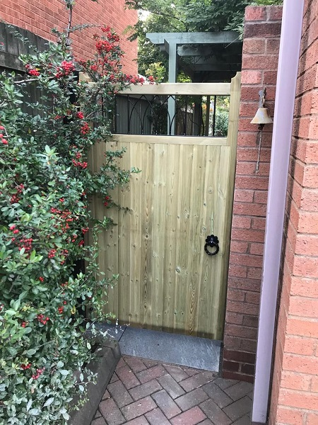 Windsor timber gate fitted in Preston