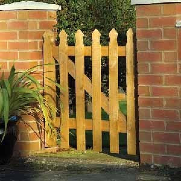 Tulip Wooden Garden Gate