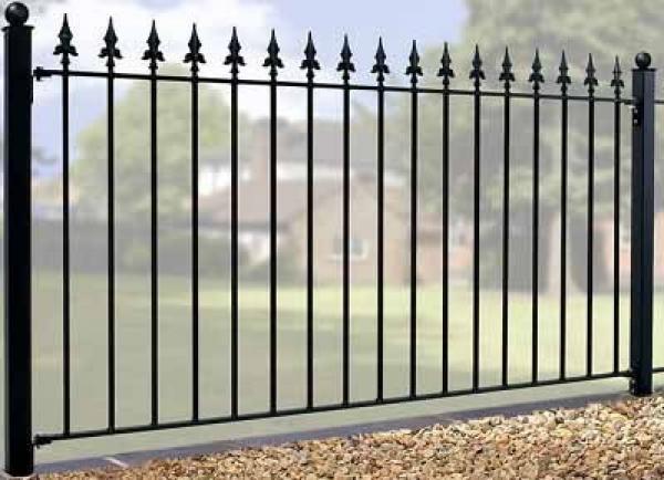 Warwick Wrought Iron Style Metal Garden Fence Panel