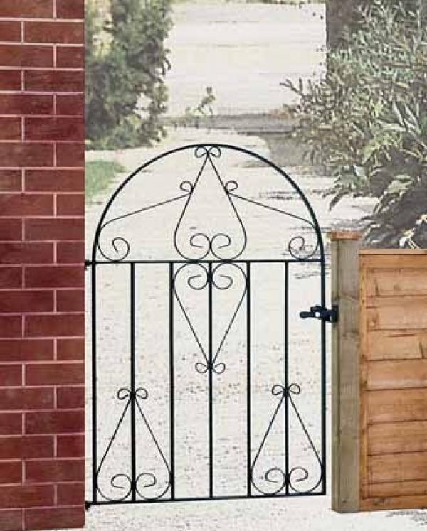 Classic Low Bow Metal Garden Gate