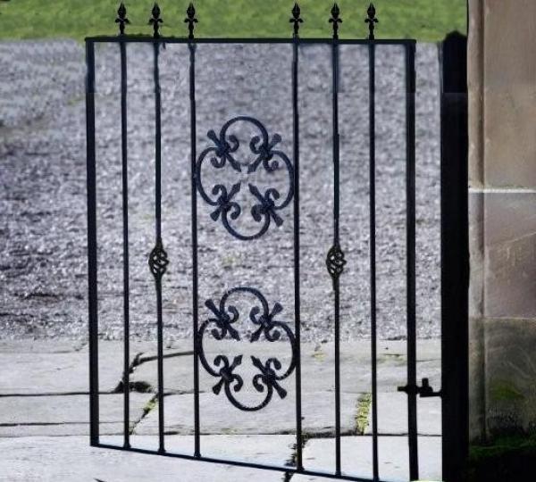 Cromwell Metal Garden Gate - 4ft High