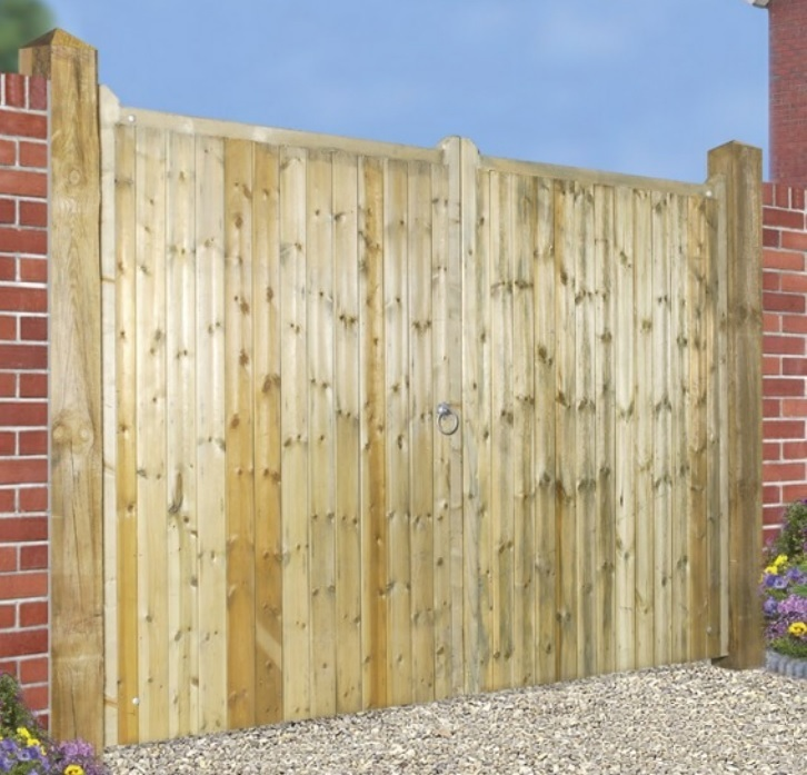 Drayton Wooden Estate Gates | 1.8m High