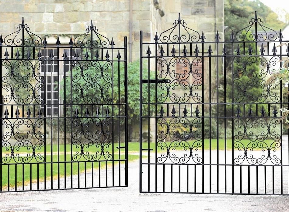Royal Monarch Wrought Iron Style Estate Gates