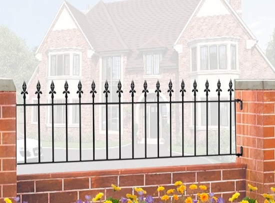 Royal Wrought Iron Style Metal Garden Railings