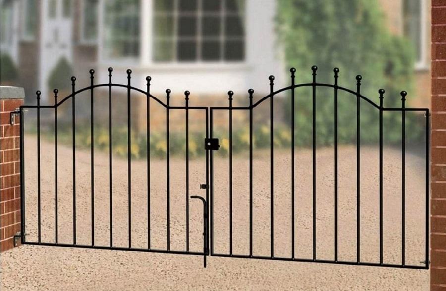 Weston Metal Driveway Gates